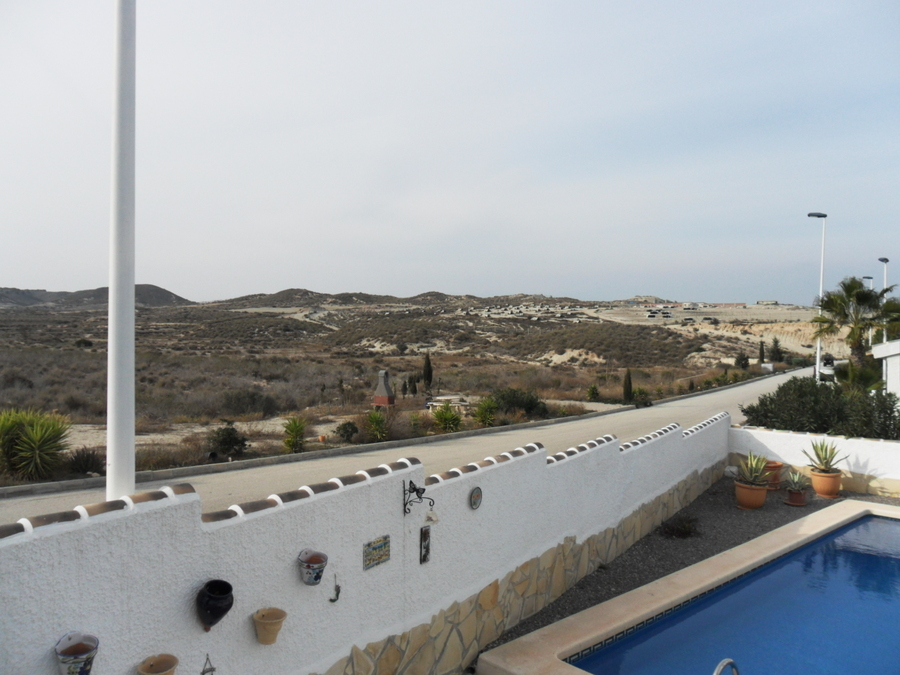1537: Villa for sale in  Camposol