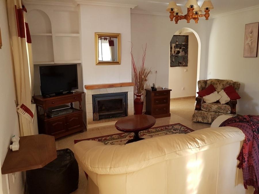 1182: Villa for sale in  Camposol