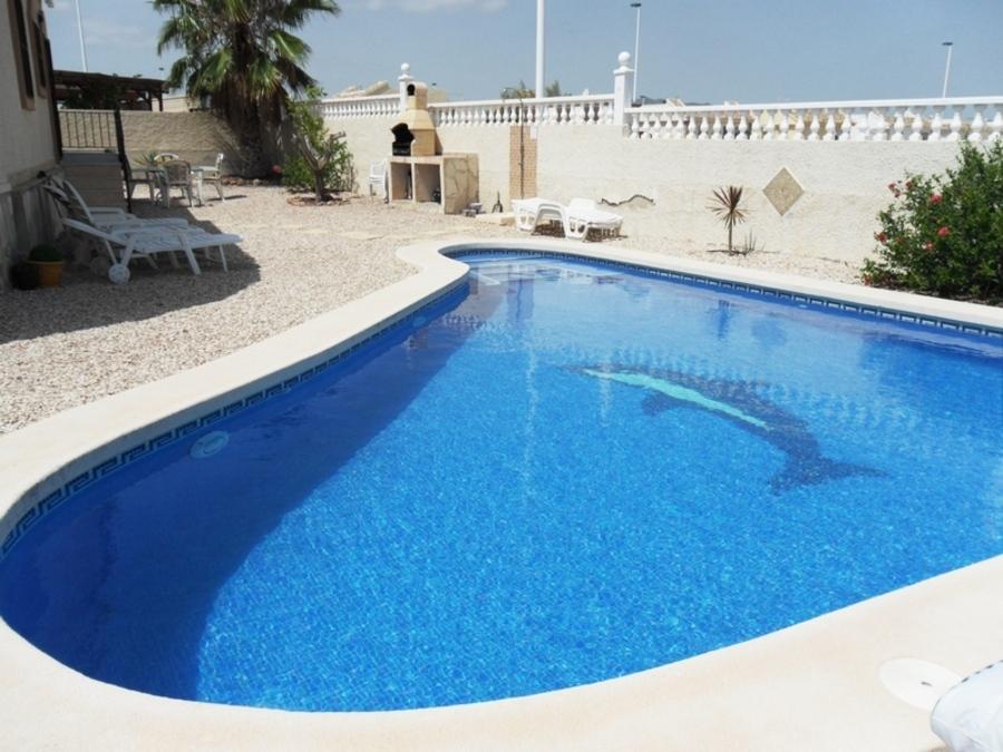 C2WL: Villa for rent in  Camposol