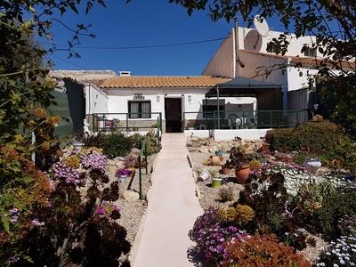 1664: farmhouse in Fuente Alamo