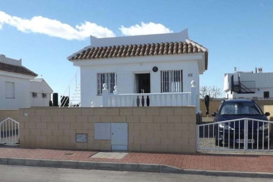 1666: Villa for sale in  Camposol