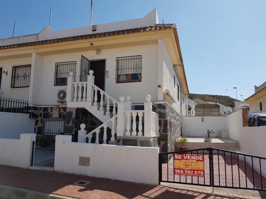1674: Villa for sale in  Camposol