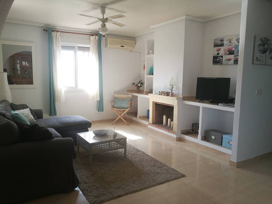 D1728: Villa for rent in  Camposol